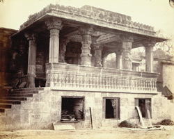 Porch and entrance to the court of the Jami Masjid, Ahmadabad